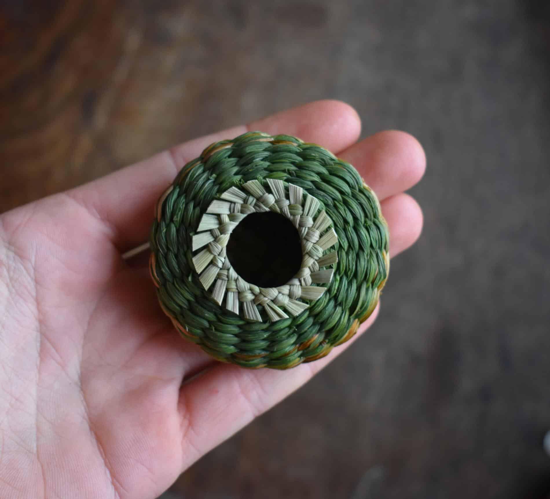 Suzie Grieve cestos miniatura proceso
