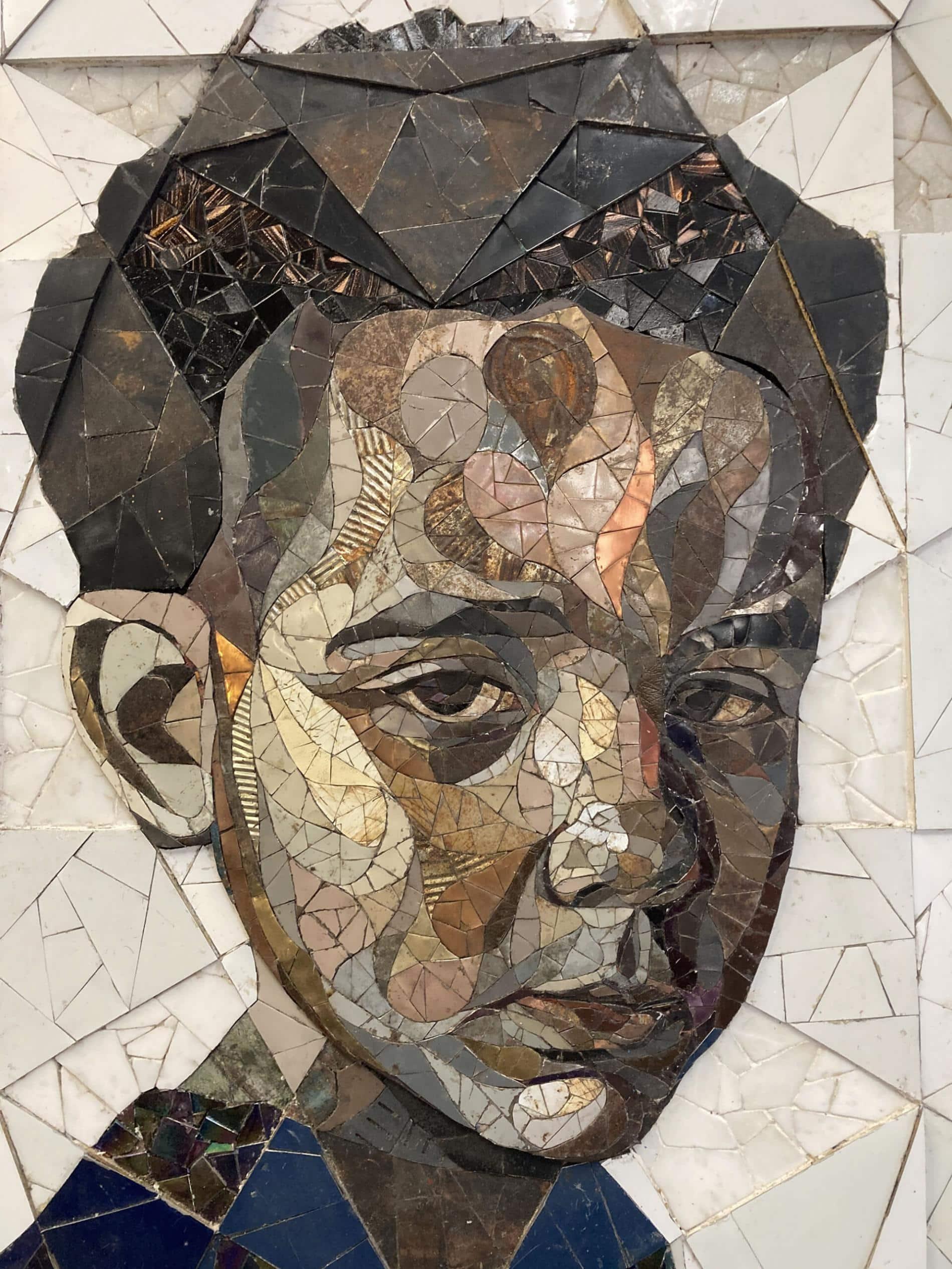 retrato joven chatarra matt small mosaico