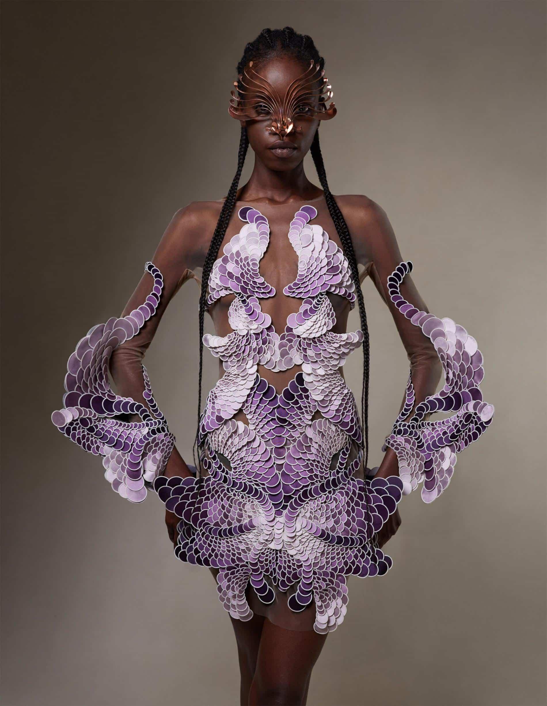 van harpen vestido plastico reciclado morado