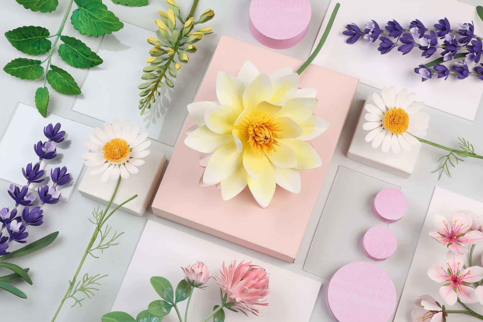 Diana beltran herrera escultura de papel flores
