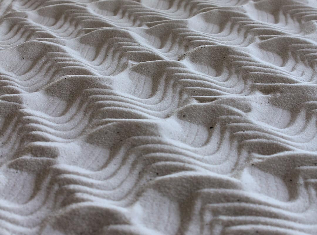 Rocas y arena zen yuki kawae