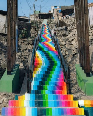 xomatok escalera arte urbano